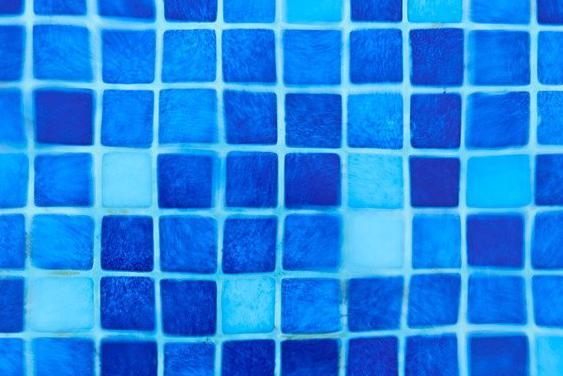 Carrelage piscine antidérapant Aveyron 12