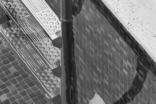Carrelage piscine antidérapant Bouches-du-rhône 13