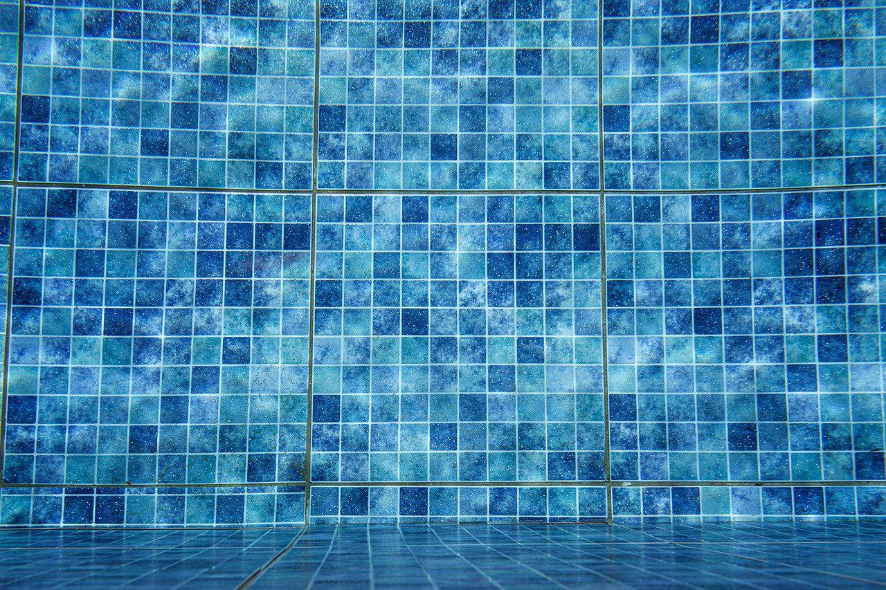 Carrelage piscine antidérapant Charente 16