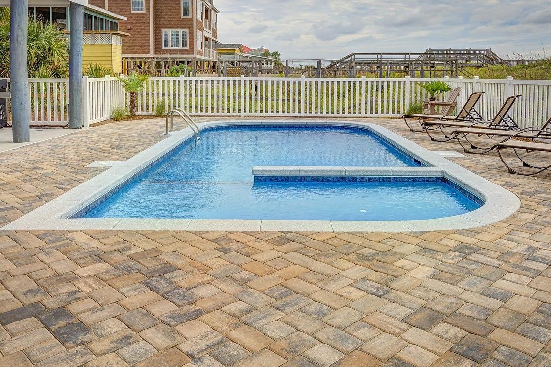Carrelage piscine antidérapant Deux-sèvres 79