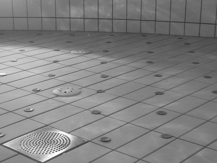 Carrelage piscine antidérapant Essonne 91