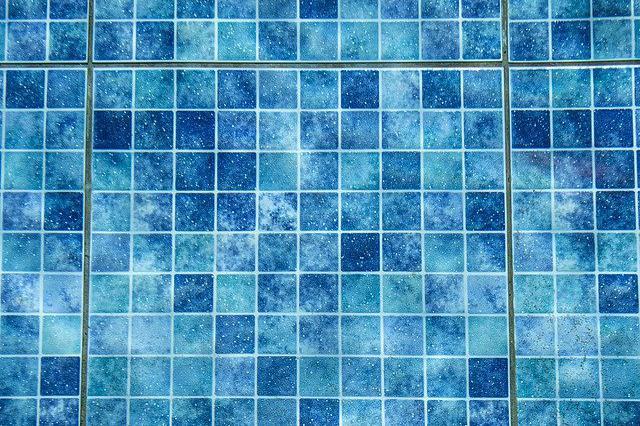 Carrelage piscine antidérapant Hautes-pyrénées 65