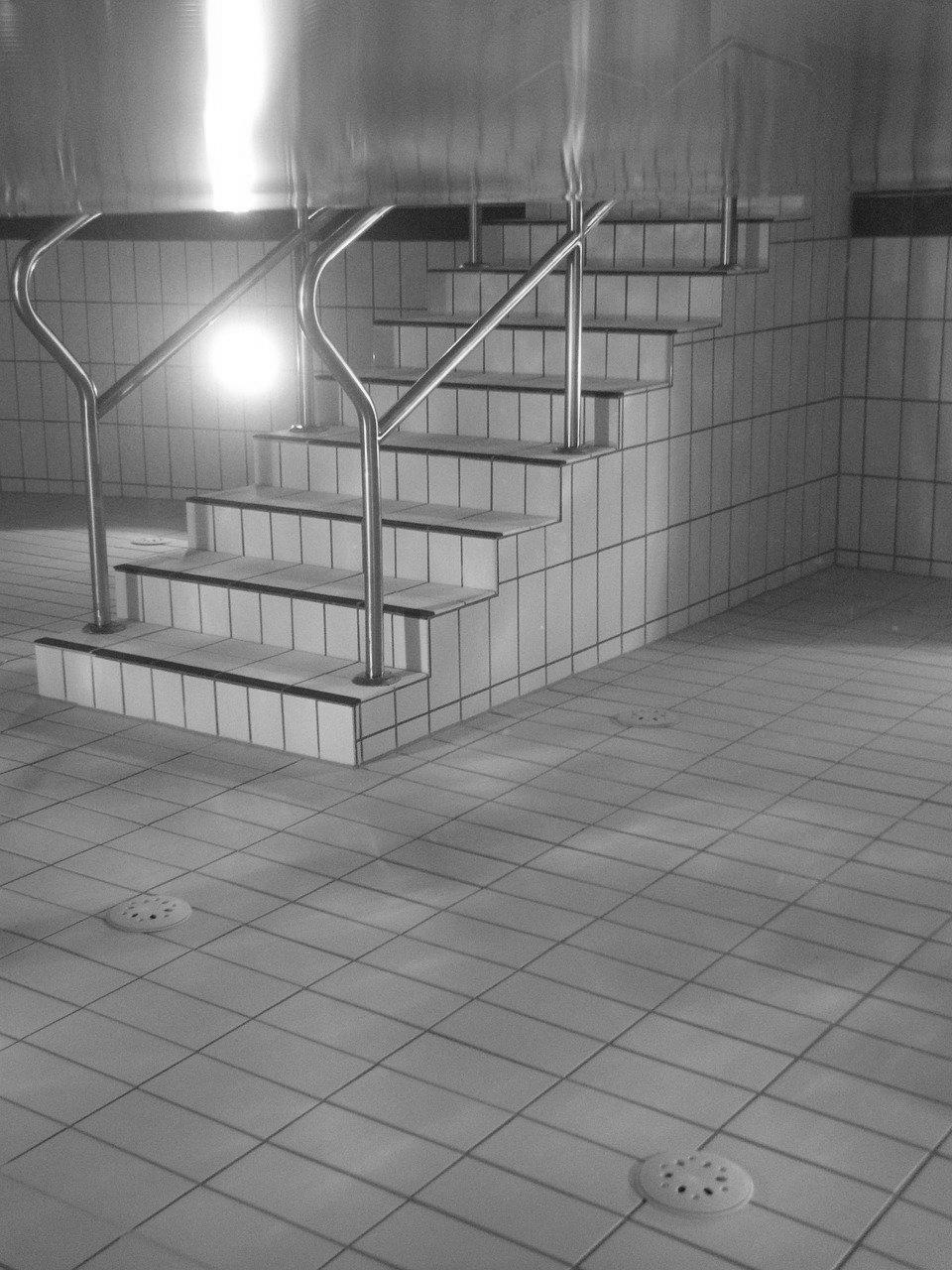 carrelage piscine antidérapant Indre 36