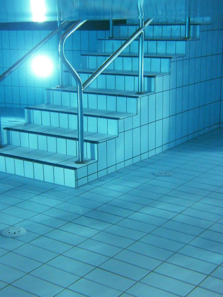 Carrelage piscine antidérapant Nièvre 58