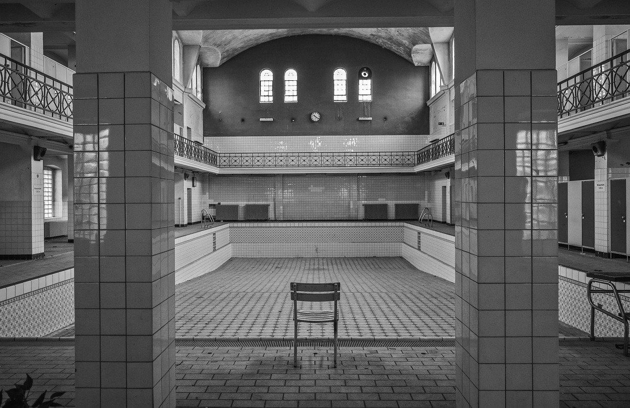 Carrelage piscine antidérapant Puy-de-dôme 63