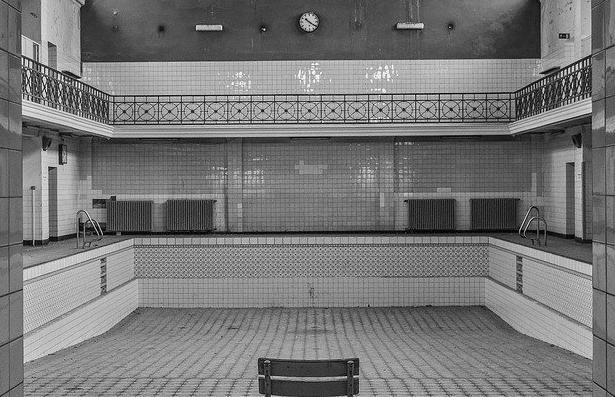 Devis Carrelage piscine antidérapant à Anglet 64600