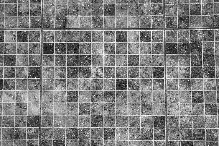 Devis Carrelage piscine antidérapant à Béziers 34500