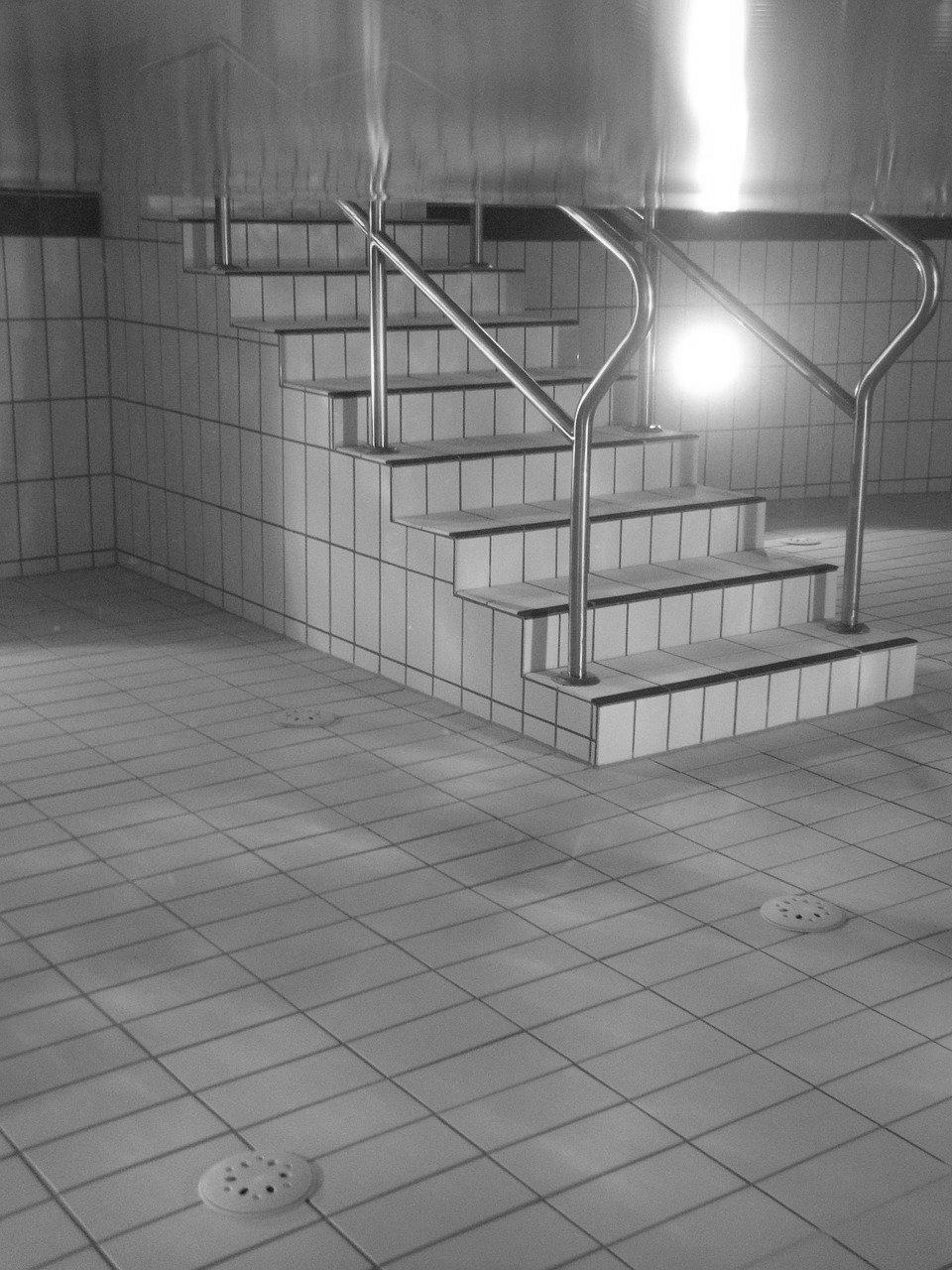 Devis Carrelage piscine antidérapant à Coulommiers 77120
