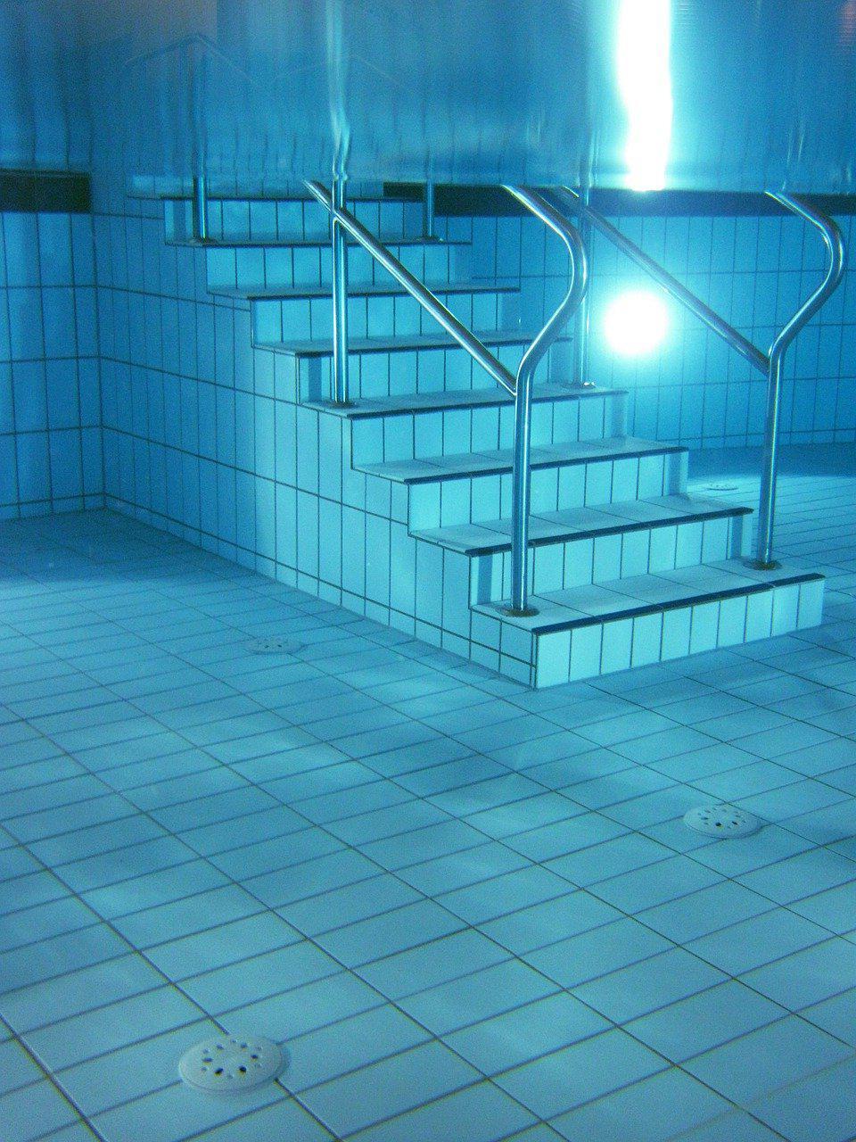 Devis Carrelage piscine antidérapant à Domont 95330