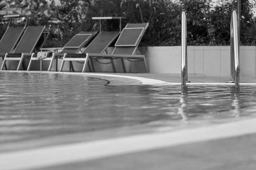 Devis Carrelage piscine antidérapant à La queue-en-brie 94510