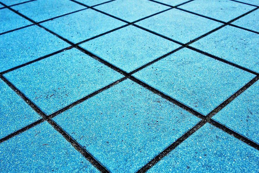 Devis Carrelage piscine antidérapant à Lanester 56600