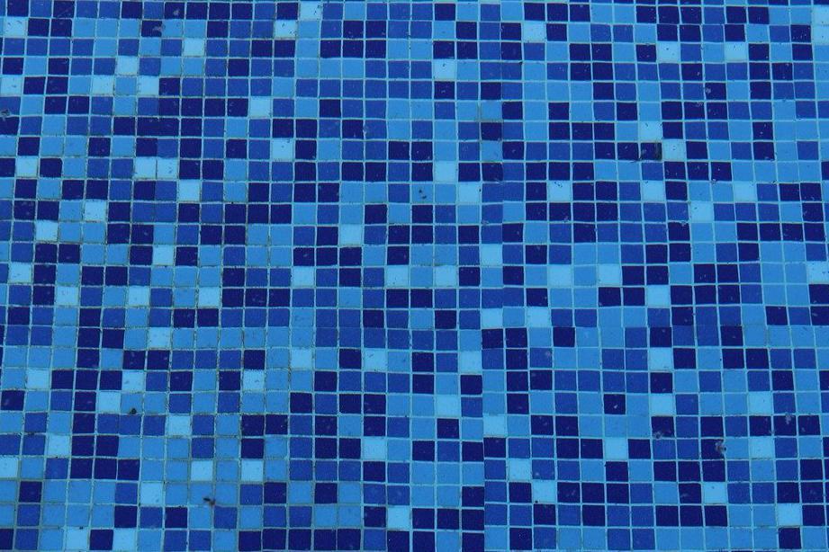 Devis Carrelage piscine antidérapant à Le mée-sur-seine 77350