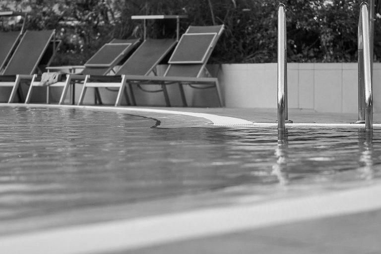 Devis Carrelage piscine antidérapant à L'isle-adam 95290