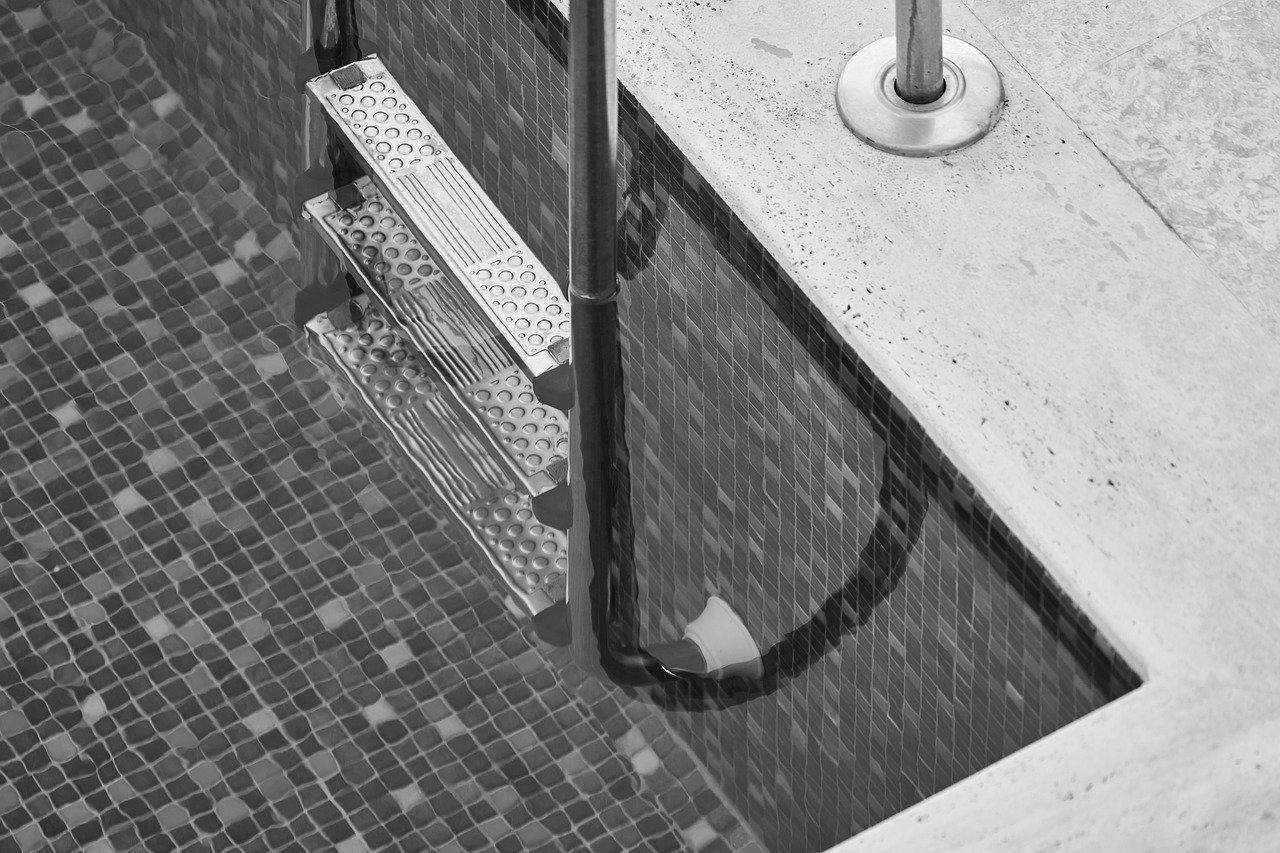 Devis Carrelage piscine antidérapant à Matoury 97351