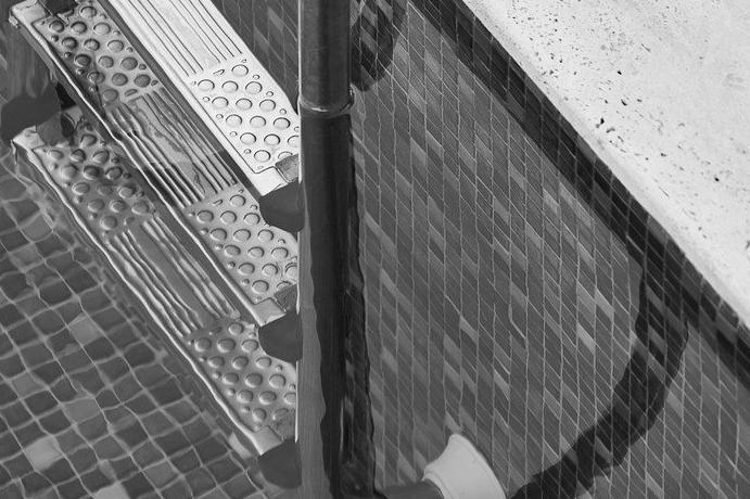 Devis Carrelage piscine antidérapant à Nemours 77140