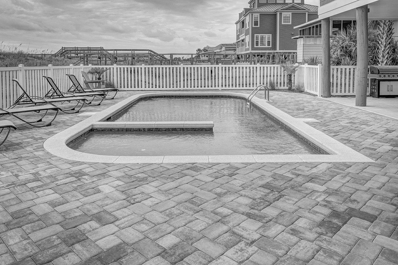 Devis Carrelage piscine antidérapant à Oissel 76350