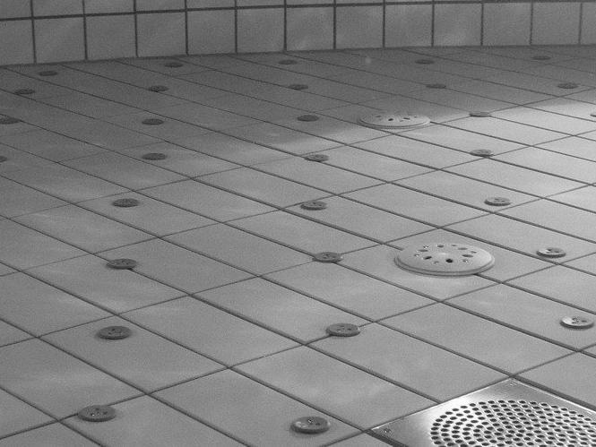 Devis Carrelage piscine antidérapant à Paray-le-monial 71600