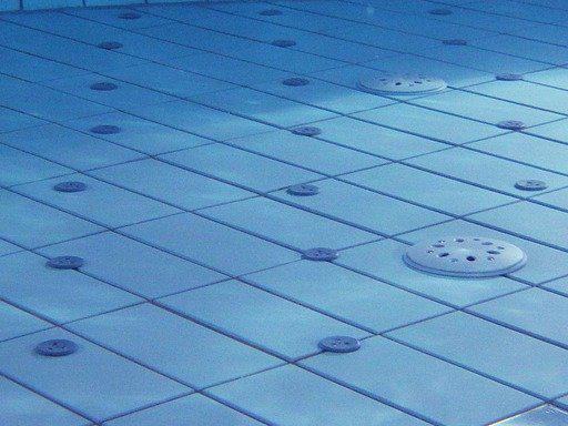 Devis Carrelage piscine antidérapant à Pont-du-château 63430