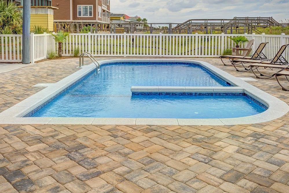 Devis Carrelage piscine antidérapant à Roissy-en-brie 77680