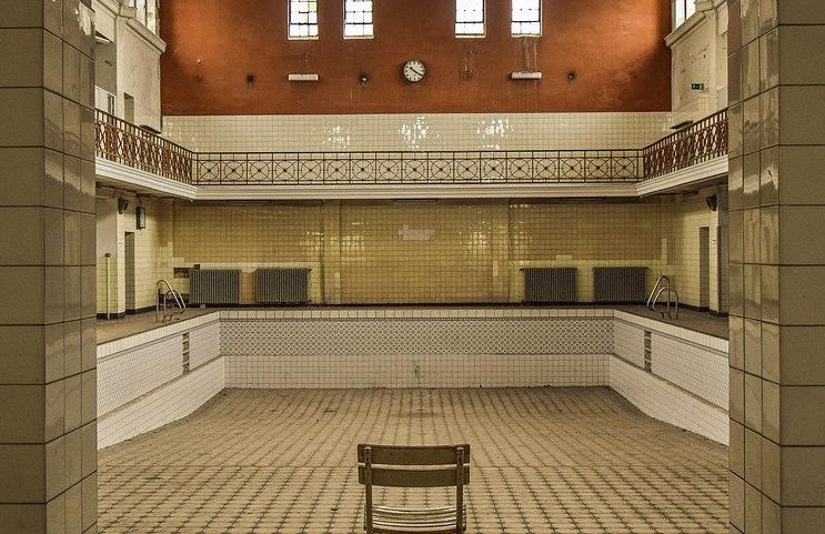 Devis Carrelage piscine antidérapant à Sainte-rose 97115